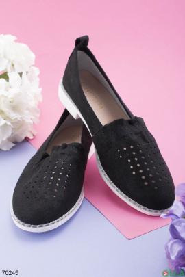 Женские черные туфли с перфорацией