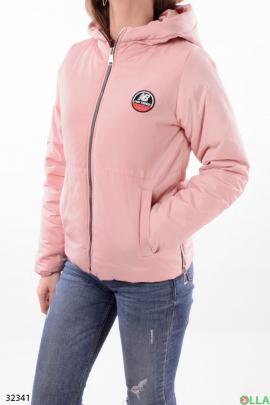 Женская куртка розового цвета