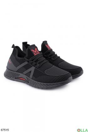 Мужские черные кроссовки с красными вставками