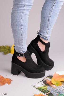 Ботинки на каблуке и платформе