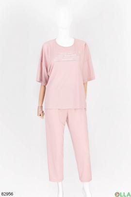 Женский светло-розовый костюм с надписью