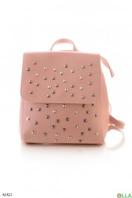 Женский рюкзак с заклепками