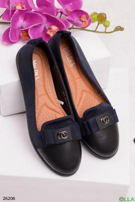 Синие туфли с логотипом