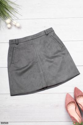 Женская серая юбка из экозамши