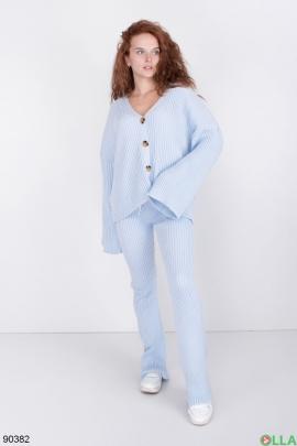 Женский Голубой трикотажный костюм с кофтой на пуговицах