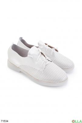Женские серебристые туфли на шнуровке