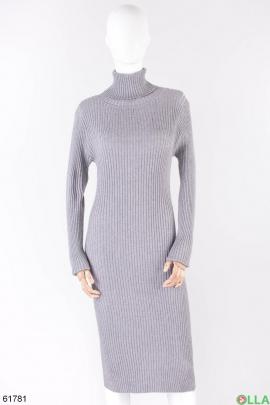 Женское серое платье-гольф