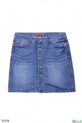 Женская джинсовая юбка на пуговицах