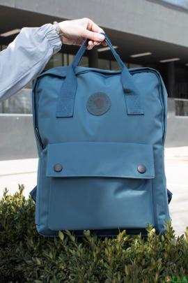 Синий рюкзак с принтом