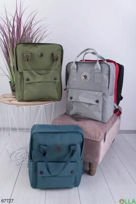 Рюкзак цвета хаки с принтом