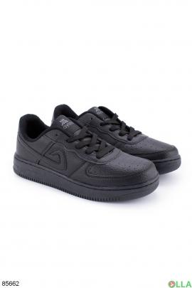 Женские черные кроссовки из эко-кожи