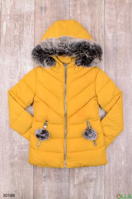 Куртка жёлтого цвета для девочки