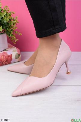 Женские розовые туфли на шпильке