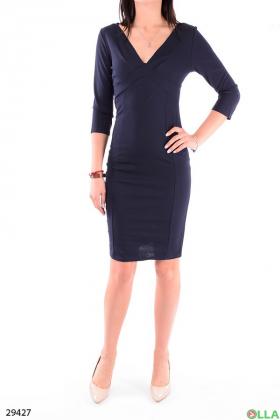 Элегантное платье с рукавом три четверти