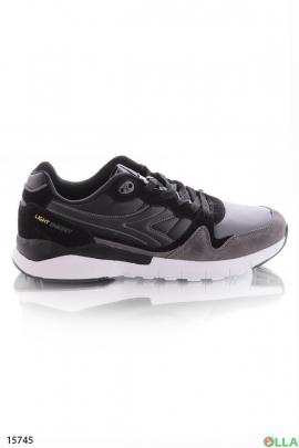 Спортивные  кроссовки серого цвета