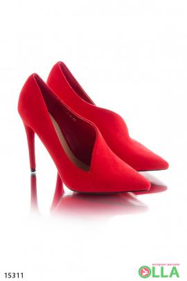 Туфли с полузакрытым верхом