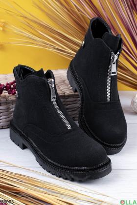 Женские ботинки на молнии