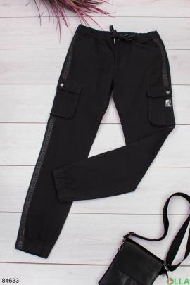 Мужские черные джинсы с накладными карманами