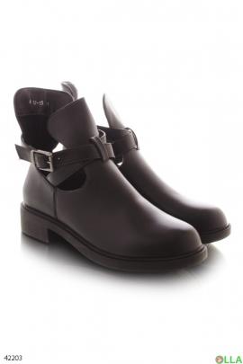 Женские полуоткрытые ботинки