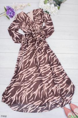 Женское коричнево-розовое платье