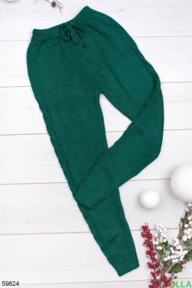 Женские зеленые брюки на резинке