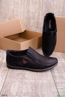 Черные туфли без  шнуровки