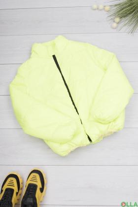 Женская салатовая куртка без капюшона