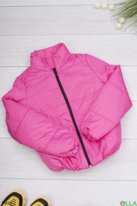 Женская розовая куртка без капюшона