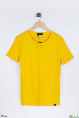 Мужская жёлтая футболка