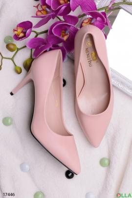 Розовые лодочки на шпильке