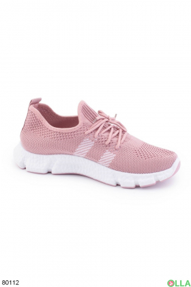 Женские розовые кроссовки на шнуровке