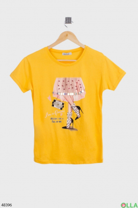 Женская жёлтая футболка