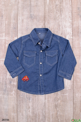 Джинсовая рубашка на пуговицах
