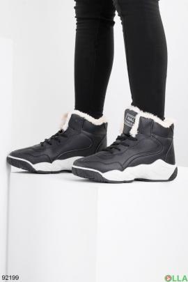 Женские зимние черные кроссовки из эко-кожи