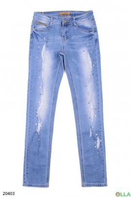 Выбеленные джинсы с бусинами