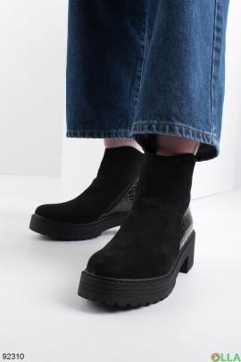 Женские зимние черные ботинки на молнии