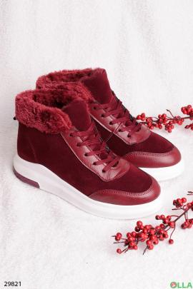 Бордовые ботинки со шнуровкой