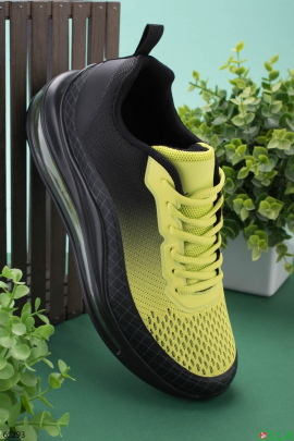 Мужские черно-желтые кроссовки