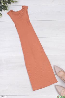 Женское терракотовое трикотажное платье