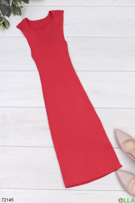 Женское красное трикотажное платье