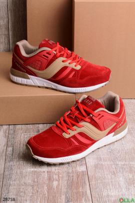 Красные кроссовки из экозамши