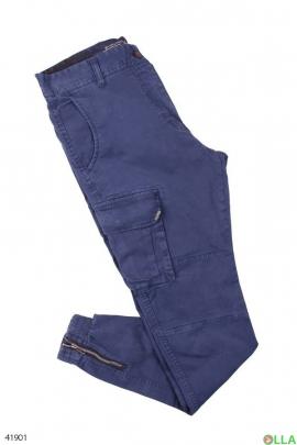 Синие брюки с накладными карманами