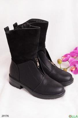 Сапоги черного цвета
