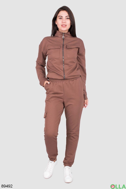Женский спортивный костюм коричневого цвета